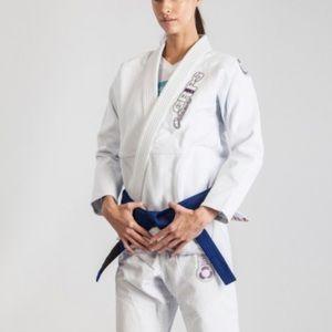 Grips Amazonia womens gi f2 small bjj jiu jitsu